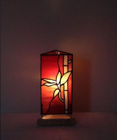 """Our stained glass tiffany style table lamp: """"Bamboo"""" www.mana-glaskunst.de #GlassLamp"""