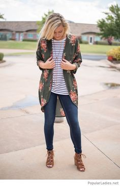 jeans-tee-and-floral-cardi