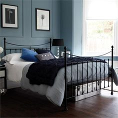 Trendy ideas for bedroom black bed frame Black Metal Bed Frame, Grey Bed Frame, High Bed Frame, Bedroom Black, Black Bedding, Master Bedroom, Luxury Bed Frames, Bedroom Furniture, Bedroom Decor