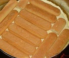 tort cu piscoturi Hot Dog Buns, Hot Dogs, Bread, Desserts, Food, Tailgate Desserts, Deserts, Eten, Postres