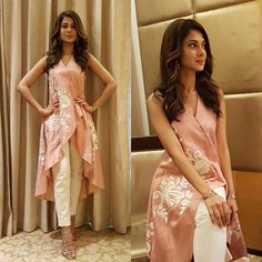 Jennifer Winget Is A Head Turner In This Surreal Kurti-Pant Combo! These Sexy Pictures of Jennifer Winget Will Keep You Up All Night.Photo: Jennifer Winget is the definition of ethereal for an eventfor this Tailer fit designer wear( ・・・ And Ran Pakistani Dresses, Indian Dresses, Indian Outfits, Pakistani Clothing, Kurta Designs, Blouse Designs, Anarkali, Lehenga, Casual Dresses