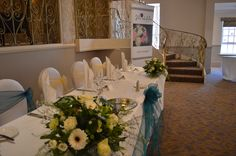 Albrighton Suite, Weddings, top table, Julie Nicholas florist
