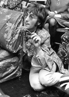 This is John Lennon Tripping.