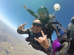 Skydive Durban - Saturnino skydiving in Durban. Nepal Mount Everest, Rock Climbing Gear, Hang Gliding, Bungee Jumping, Skydiving, Mountaineering, Outdoor Camping, Bouldering, Snowboarding