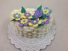 Maria Kutney completed Course 2 - Flowers and Cake Design with a spectacular Button Flower basket weave cake. Call for more information on classes. Basket Weave Cake, Basket Weaving, Cake Decorating Classes, Gum Paste Flowers, Button Flowers, Flower Basket, Amazing Cakes, Birthday Cake, Pasta