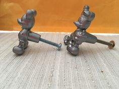 Mickey and Minnie Mouse cabinet drawer pulls knobs