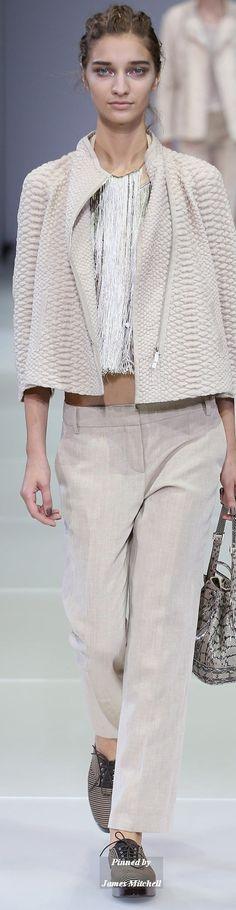 Giorgio Armani Collection Spring 2015 Ready to Wear