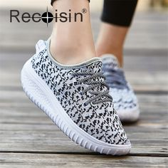 $26.96 (Buy here: https://alitems.com/g/1e8d114494ebda23ff8b16525dc3e8/?i=5&ulp=https%3A%2F%2Fwww.aliexpress.com%2Fitem%2FNEW-Men-Women-Casual-Shoes-Fashion-Breathable-Lightweight-Shoes-Mixed-Color-Lace-up-Summer-Style-Students%2F32610765488.html ) RECOISIN Women Casual Shoes Fashion Breathable Lightweight Shoes Mixed Color Lace-up Summer Students Shoes Lovers Shoes 1605 for just $26.96