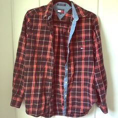 Vintage 90's Tommy Hilfiger Flannel Super cute & super 90's classic Tommy Flannel in great condition & fits size S/M Tommy Hilfiger Tops Button Down Shirts