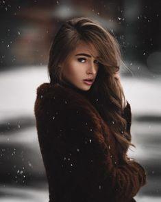 Stunning Female Portrait Photography by Kai Böttcher – winter girl Girl Photo Poses, Girl Photography Poses, Modern Photography, Abstract Photography, Artistic Photography, Film Photography, Winter Girl, Kai, Winter Photos
