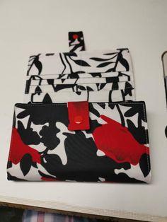 Compagnon Complice en coton rouge, blanc et noir cousu par Maman Oie - Patron Sacôtin
