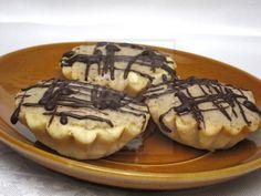 Krehké koláčiky s jemným gaštanovým  krémom.