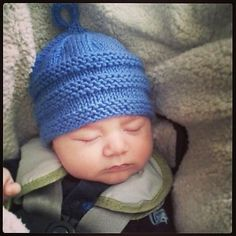 Ravelry - - Baby Beanie Pattern By Lisa Seifert Dolevalleygirlknits & ravelry - - baby beanie muster von lisa seifert dolevalleygirlknits & ravelry - - baby beanie pattern par lisa seifert dolevalleygirlknits Newborn Knit Hat, Knitted Baby Beanies, Beanie Babies, Newborn Hats, Baby Hat Knitting Patterns Free, Baby Hat Patterns, Baby Hats Knitting, Free Knitting, Drops Baby