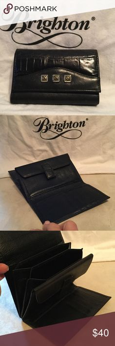 Brighton black leather wallet Beautiful Brighton black leather wallet excellent condition lots of compartment for your credit cards Brighton Bags Wallets