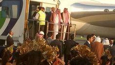 WinNetNews.com - Kabar terbaru datang dari Raja Arab Saudi Salman bin Abdulaziz Al Saud saat ini sedang berlibur di Bali. Raja Salman rupanya meminta tambahan waktu ke pemerintah Indonesia untuk liburannya di Pulau Dewata tersebut. Keinginan Raja Salman ini disampaikan oleh Kedutaan Besar Kerajaan Arab