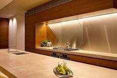 La cuisine de la maison moderne vue de près