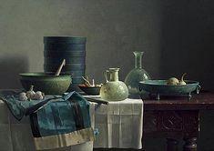 Romeins glas en Chinese rok op Spaanse tafel122x171 cm - 2001. Henk Helmantel www.helmantel.nl