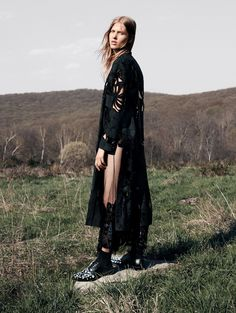 Laura Julie by Daniel Jackson for Vogue China September.. #LauraJulie #DanielJackson #Vogue #VogueChina