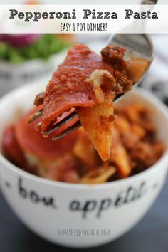 This Pepperoni Pizza Pasta is such an easy 1-pot dinner recipe and can ...