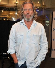 hello, elegants in this video we will look at the top 5 most elegant actors in Once Upon A Time In Hollywood. This video brings you the best stylish actors i. Jeff Bridges, Long Gray Hair, Grey Hair, Old Man Long Hair, Older Mens Hairstyles, Haircuts For Men, Hair And Beard Styles, Long Hair Styles, Men Are Men