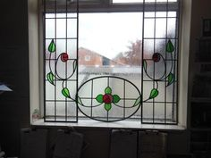 Love the design of the stained glass - I WANT IT!!