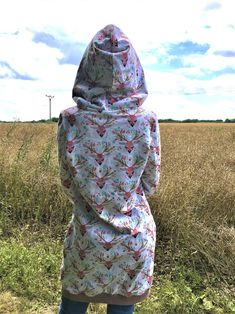 Deer hoodie size 42 | Etsy Digital Pattern, Hoodies, Sweatshirts, Deer, Trending Outfits, Vintage, Etsy, Fashion, Moda
