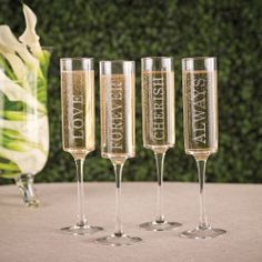 Wedding Words Contemporary Toasting Flutes (set of 4) | #exclusivelyweddings