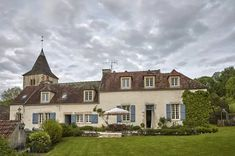 Decorator Imogen Taylor's house in Burgundy   House & Garden French Country Cottage, French Country Decorating, Country Style, Burgundy France, French Exterior, Modern Sink, Village Houses, House Rooms, Interior Decorating