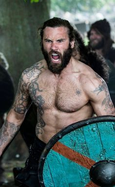"""Clive Standen as Rollo in Vikings (Season episode """"To the Gates""""). Vikings Show, Vikings Tv Series, Vikings Season, Viking Tattoo Meaning, Viking Tattoos, Norse Tattoo, Lagertha, Rollo Lothbrok, Viking Wallpaper"""