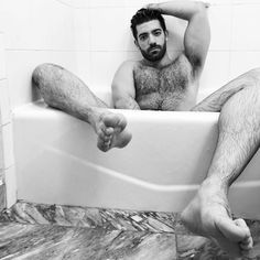 Hairy Hunks, Hairy Men, Stud Muffin, Barefoot Men, Gym Body, Bear Men, Black And White Man, Male Photography, Male Feet