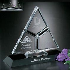 Kỷ niệm chương pha lê, kỷ niệm chương pha lê giá rẻ, kỷ niệm chương pha lê cao cấp, đặt làm kỷ niệm chương, mẫu kỷ niệm chương pha lê, quà tặng pha lê, quà lưu niệm,