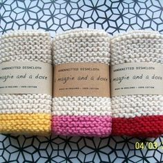 Love this idea for housewarming/newlyweds.love the neutral and bright color combo as well.(Set of 3 Hand knitted cotton dishcloths I know these are knit but would look great as crochet as well:) Loom Knitting, Hand Knitting, Knitting Patterns, Crochet Patterns, Knit Dishcloth Patterns, Yarn Projects, Knitting Projects, Crochet Projects, Knitted Washcloths