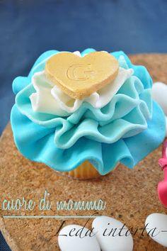 cupcake decorati per comunione, cresima e battesimo: primo tutorial per la trasmissione di rai 2