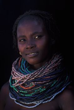 Look at her trade beads! What a collection! Africa | Faces from the Omo Valley, Ethiopia | © Patrick de WILDE