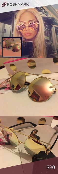 Gold Pink Mirror Sunglasses Good PINK mirror sunglasses.                                                           Unbranded. Not accepting OFFERS on INDIVIDUAL ITEMS ❌ No trades ❌.                                                                                         If u want to create your own bundle just let me know so I can give you a price BEFORE purchase has been made   I do Offer a discount on bundles 🤗 Ray-Ban Accessories Glasses