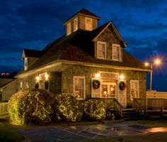 Gallery | Owens' Restaurant  ~  One of my favorite places to dine in Nags Head.  Excellent food, great atmosphere, friendly people.