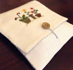 Porta sachê, lencinho de papel ou absorvente