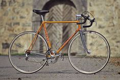 Olympia, while one of the less famous Italian marques, has just as an interesting history as Bianchi or Colnago. Indeed, it's the oldest family-owned Italian brand and is the oldest Italian bicycle brand, after Bianchi.