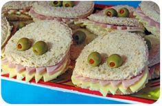 Sandwiches mixtos de Halloween! tus hijos merendarán sin rechistar. Las aceitunas son la grasa favorable que debe haber en toda comida Coherente.