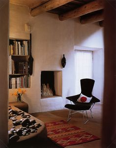 [THE LIVING ROOM OF O'KEEFFE'S ABIQUIU HOME ]