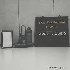 """zack magiezi no Instagram: """"Boa noite. Para os apreciadores do genial Zygmunt Bauman #zackmagiezi Obrigado pelo presente @letraria vou usar bastante."""""""