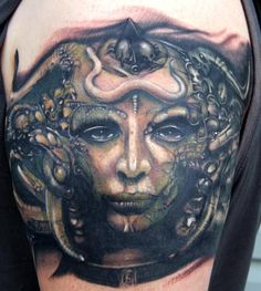 Famed Swiss surrealist H. Giger passed away yesterday at the age of Giger was known for his surrealistic artwork that was heavily influenced by science fiction. The most famous representation. Alien Tattoo, I Tattoo, Cool Tattoos, Hr Giger Tattoo, Face Tattoos For Women, Inked Magazine, Woman Face, Picture Tattoos, Artist At Work
