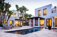 Courtyard pool at a Booth Beach residence designed by Neumann Mendro Andrulaitis Style At Home, Mediterranean Homes, Home Fashion, Exterior Design, Luxury Homes, Architecture Design, Revival Architecture, Beach House, House Design