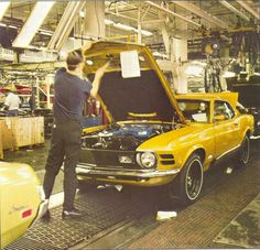 1970 Mustang and Cougar assembly.