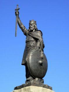 El rey Alfredo de Wessex tuvo que hacer frente a los vikingos daneses, y con ellos firmó un tratado que permitió la creación del Danelag.
