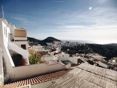 Frigiliana, Spain http://thetopknot.co © Tonhya Kae Photography