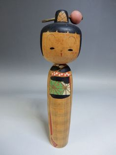 Old Japanese Kanzashi Geisha Kimono Nodder Sosaku Kokeshi Wooden 7 2 Japanese Art Modern, Japanese Design, Vintage Japanese, Kimono Japan, Kokeshi Dolls, Japan Art, Wood Turning, Geisha, Vintage Dolls