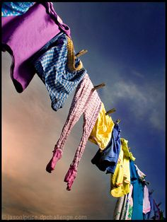 smell of freshly dried clothes on a clothes line outside