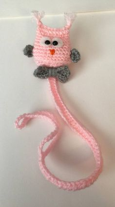 Owl Pacifier Holder - free crochet pattern at Kitty's Kreations Boutique. Crochet For Kids, Free Crochet, Crochet Pacifier Holder, Owl Crochet Patterns, Crochet Bookmarks, Crochet Gifts, Baby Blanket Crochet, Crochet Projects, Free Pattern