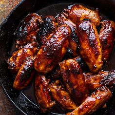 Planning a Super Bowl party this weekend? Here are 5 creative takes on the game-day staple score big on taste and creativity, like this Sriracha Hot Wings recipe. #superbowlrecipes #everydayhealth | everydayhealth.com